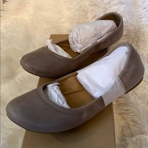 NIB Lucky Brand Driftwood Dress Winter Haze Flats